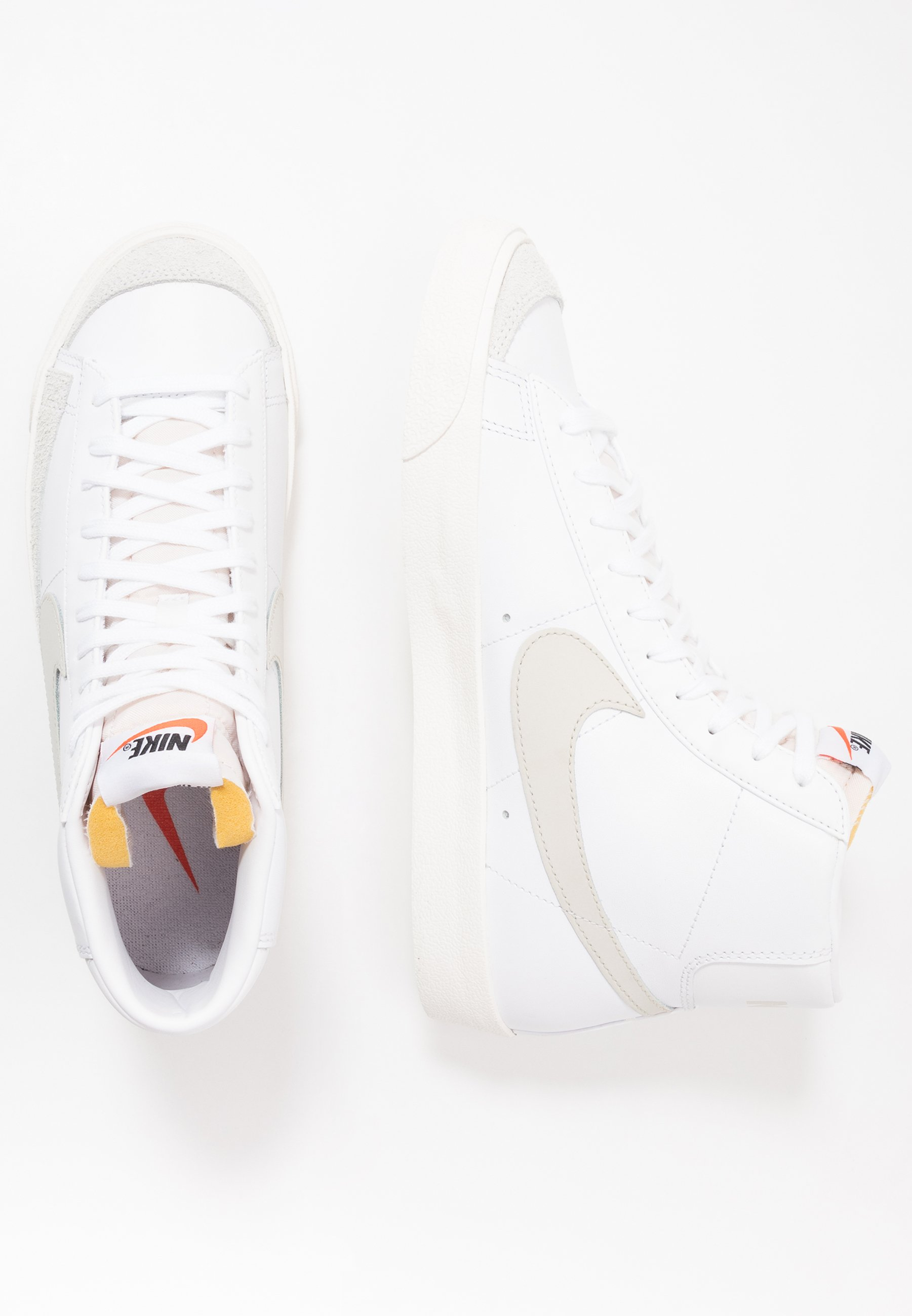 BLAZER MID '77 Baskets montantes whitelight bonesail