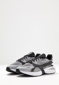 Nike Sportswear - GHOSWIFT - Zapatillas - white/black/wolf grey/anthracite/total orange - 3