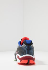 Nike Sportswear - GHOSWIFT - Zapatillas - black/white/deep royal blue/bright crimson/team red/racer blue - 4