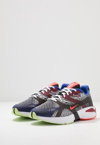 Nike Sportswear - GHOSWIFT - Zapatillas - black/white/deep royal blue/bright crimson/team red/racer blue - 3