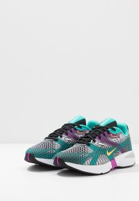 Nike Sportswear - GHOSWIFT - Sneakersy niskie - black/laser orange/hyper jade/vivid purple/pure platinum/white - 2