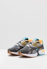 Nike Sportswear - GHOSWIFT - Zapatillas - black/blue fury/laser orange/white/medium brown - 2