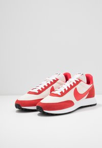 Nike Sportswear - AIR TAILWIND 79 - Zapatillas - sail/track red/white/habanero red/obsidian - 2