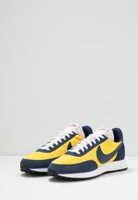 Nike Sportswear - AIR TAILWIND 79 - Baskets basses - speed yellow/midnight navy/white/habanero red/obsidian - 2