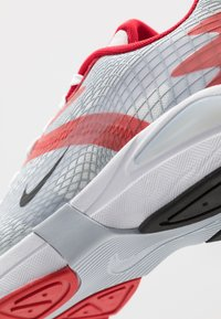 Nike Sportswear - GHOSWIFT - Sneakers laag - university red/black/white/sky grey - 6
