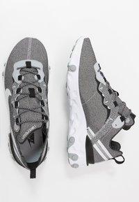 Nike Sportswear - REACT ELEMENT 55 SE - Sneakers laag - white/pure platinum/wolf grey/black - 1
