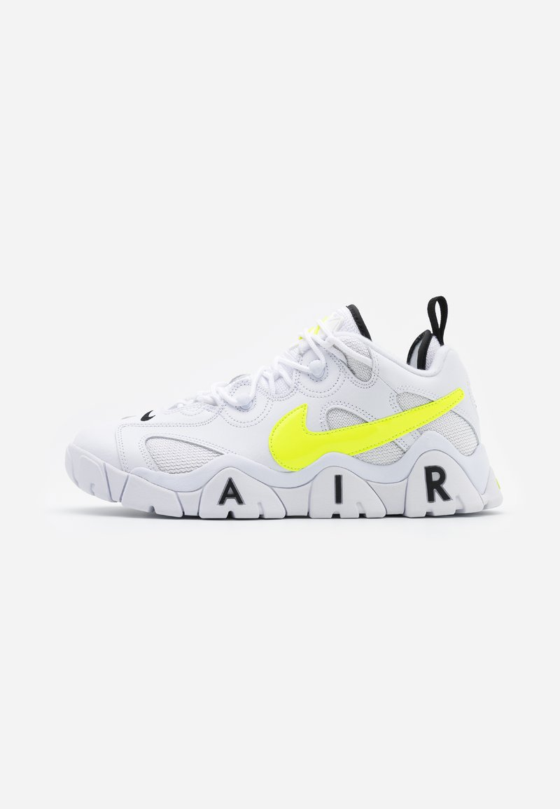 Nike Sportswear - AIR BARRAGE  - Trainers - white/volt/black