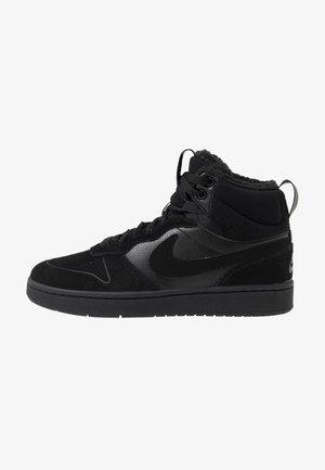 COURT BOROUGH MID 2 BOOT WINTERIZED - Höga sneakers - black/white