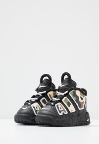 Nike Sportswear - AIR MORE UPTEMPO QS - High-top trainers - black - 3