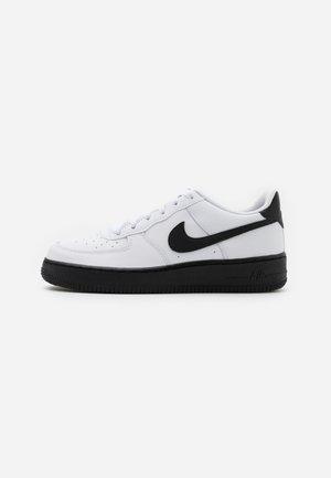 AIR FORCE 1 BRICK - Sneakers - white/black