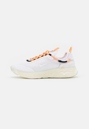 REACT LIVE UNISEX - Sneakers - atomic orange/white/sail/light armory blue