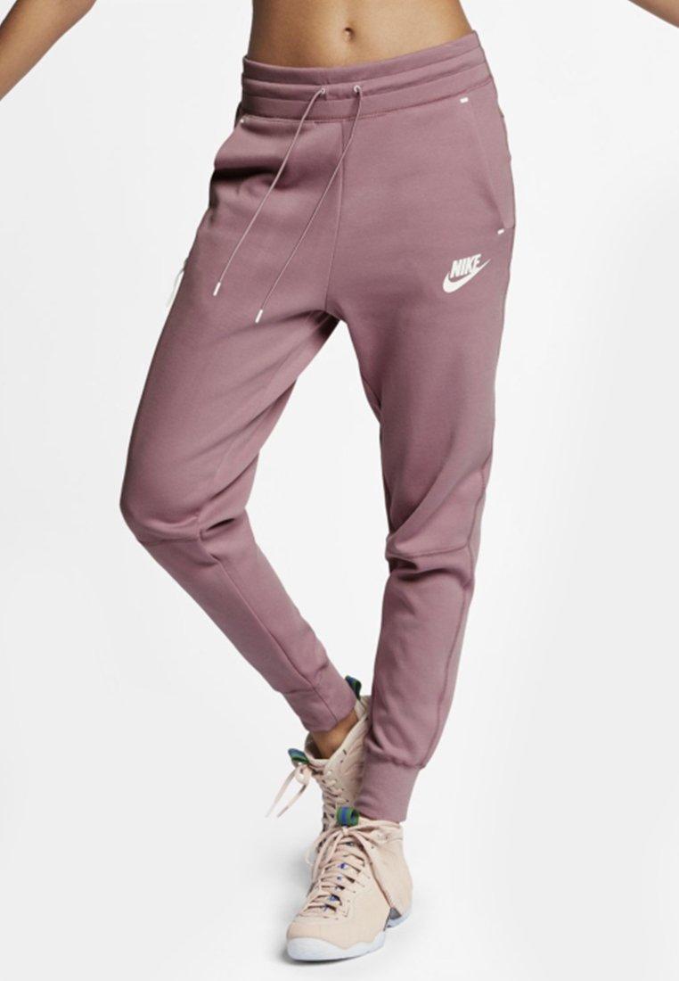 Nike Sportswear - Jogginghose - plum dust/white