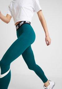 Nike Sportswear - CLUB  - Leggings - Trousers - midnight turq/white - 3