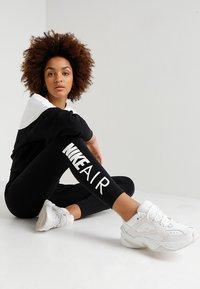 Nike Sportswear - AIR - Leggings - Hosen - black/white - 1