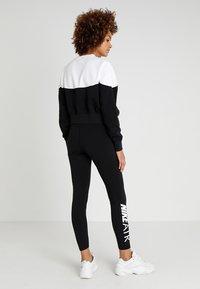 Nike Sportswear - AIR - Leggings - Hosen - black/white - 2