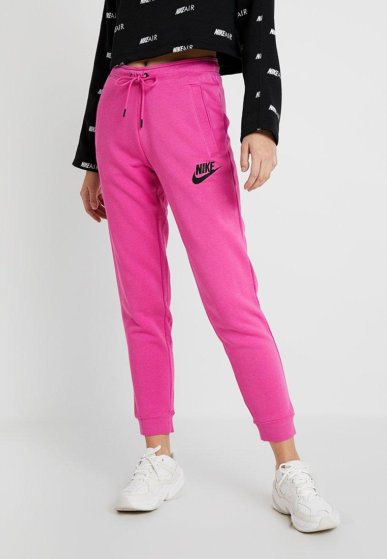 Nike Sportswear - RALLY  - Pantalon de survêtement - active fuchsia/black