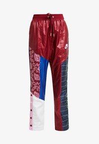 Nike Sportswear - PANT - Träningsbyxor - team red/pink rise - 5
