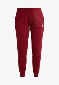Nike Sportswear - Teplákové kalhoty - team red/white - 4