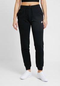 Nike Sportswear - W NSW ESSNTL PANT REG FLC - Jogginghose - black/white - 0
