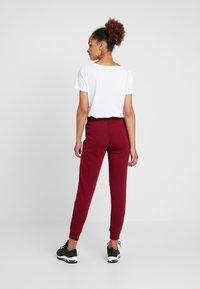 Nike Sportswear - Joggebukse -  red - 2
