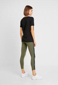 Nike Sportswear - AIR - Leggings - medium olive - 2
