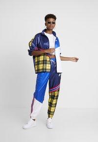 Nike Sportswear - PANT - Trousers - blue void/game royal/white - 2