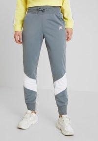 Nike Sportswear - PANT - Spodnie treningowe - cool grey/white - 0