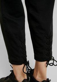 Nike Sportswear - PANT TIE - Verryttelyhousut - black - 5