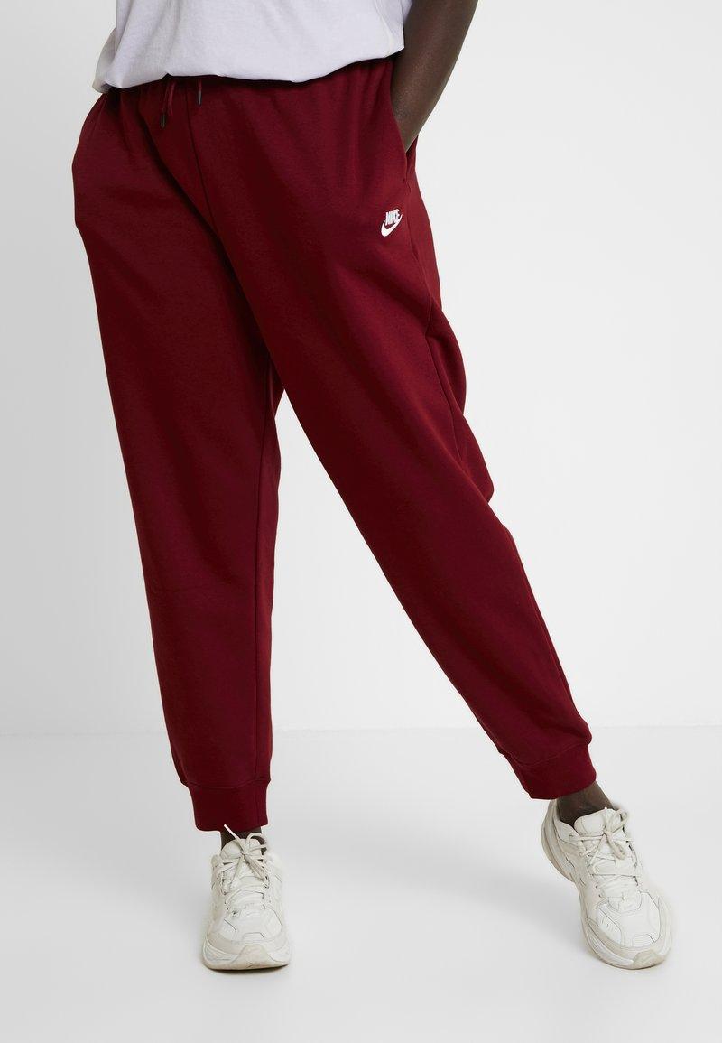 Nike Sportswear - PANT PLUS - Jogginghose - team red/white