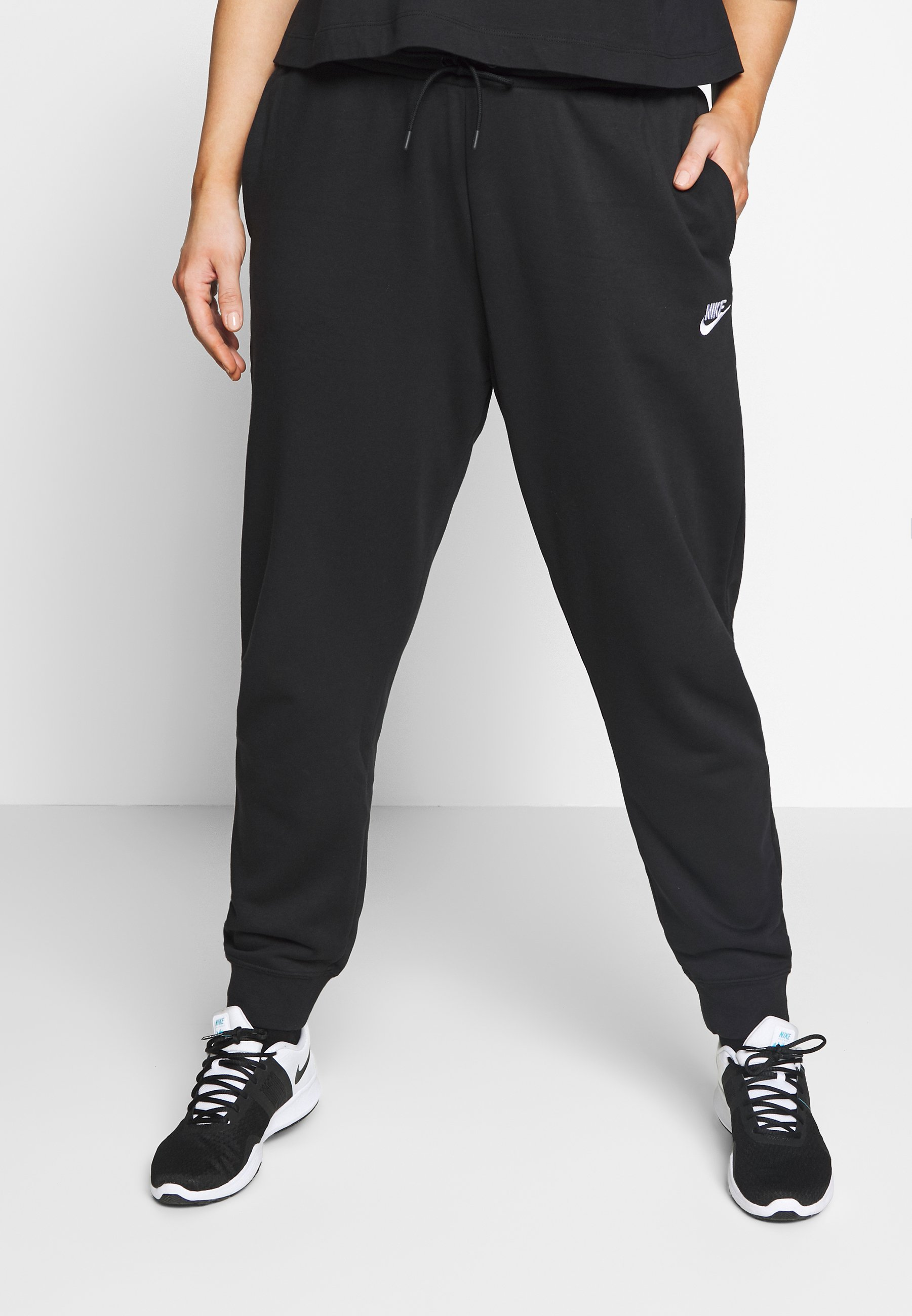 Nike Sportswear PANT PLUS - Spodnie treningowe - black/(white)