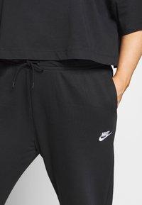 Nike Sportswear - PANT PLUS - Joggebukse - black/(white) - 4