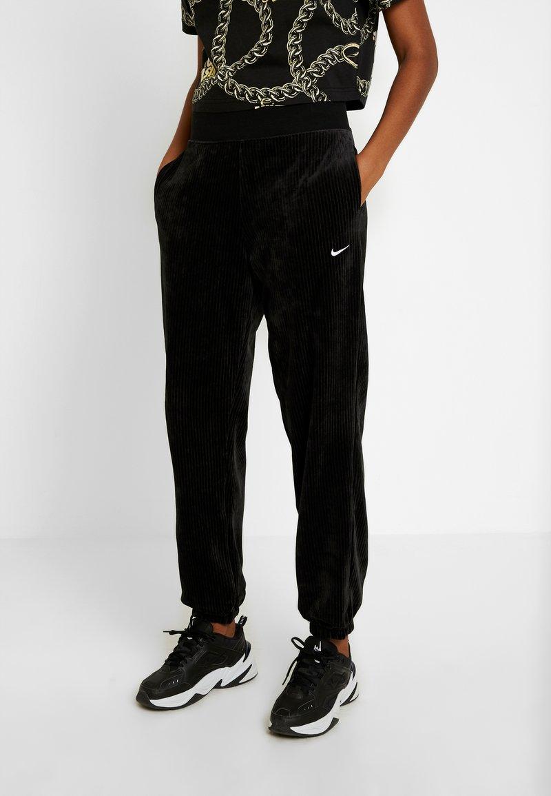 Nike Sportswear - Träningsbyxor - black/white