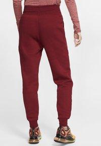 Nike Sportswear - SHINE - Pantalon de survêtement -  red - 2