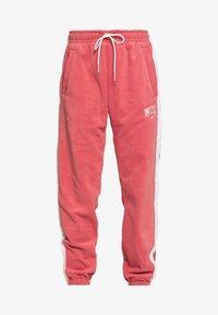 Nike Sportswear - Træningsbukser - light redwood - 4