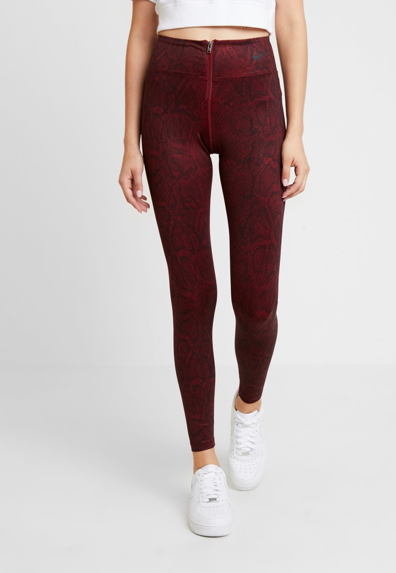 Nike Sportswear - Leggings - Trousers - team red/black