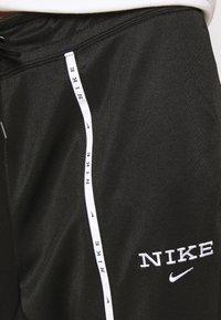 Nike Sportswear - PANT - Jogginghose - black/black/white - 4
