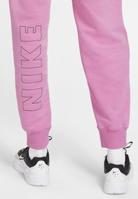 Nike Sportswear - AIR PANT - Tracksuit bottoms - magic flamingo/ice silver - 4