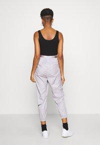 Nike Sportswear - PANT - Teplákové kalhoty - silver/lilac/black - 2