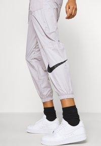 Nike Sportswear - PANT - Teplákové kalhoty - silver/lilac/black - 3