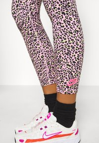 Nike Sportswear - Leggings - Trousers - pink - 3