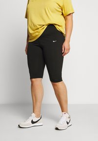 Nike Sportswear - LEGASEE KNEE PLUS - Shorts - black/white - 0