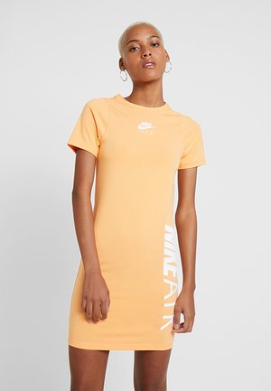 AIR DRESS - Vestido de tubo - fuel orange/white