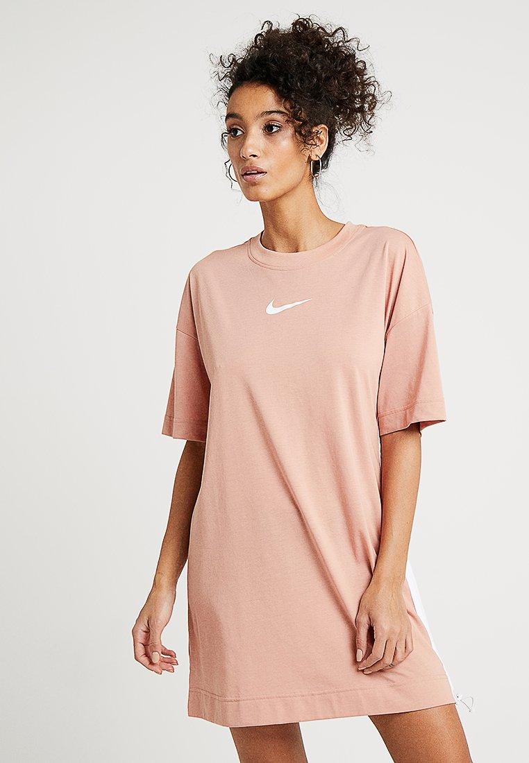Nike Sportswear - DRESS - Žerzejové šaty - rose gold/white