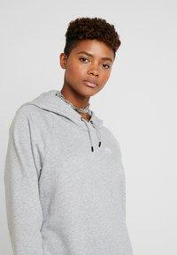 Nike Sportswear - W NSW ESSNTL FLC  - Vestito di maglina - grey heather/white - 3