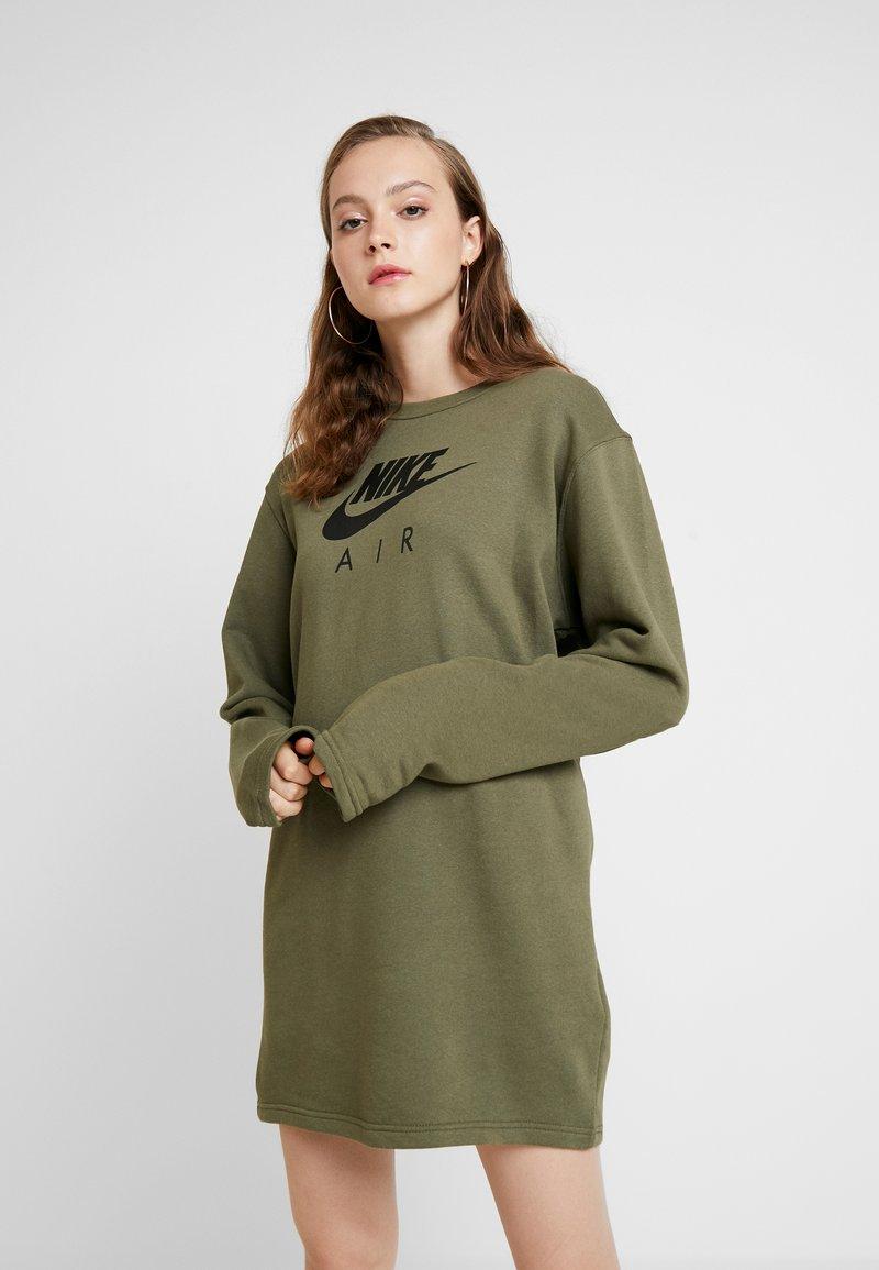 Nike Sportswear - AIR CREW  - Denní šaty - medium olive