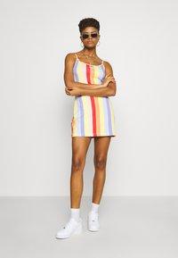 Nike Sportswear - RETRO FEMME DRESS - Jerseykjole - track red - 1