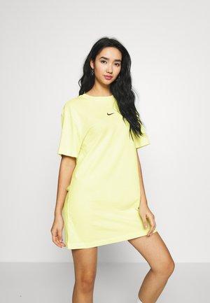 DRESS - Jersey dress - luminous green