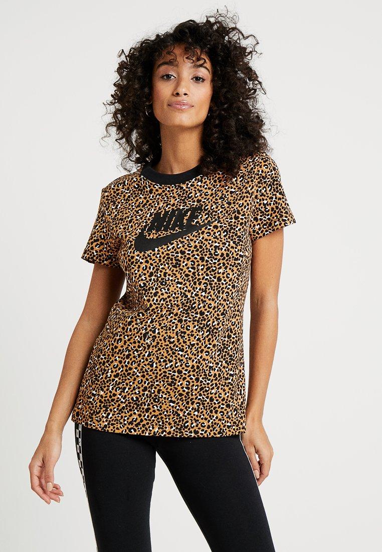 Nike Sportswear - T-shirt med print - desert ochre/black