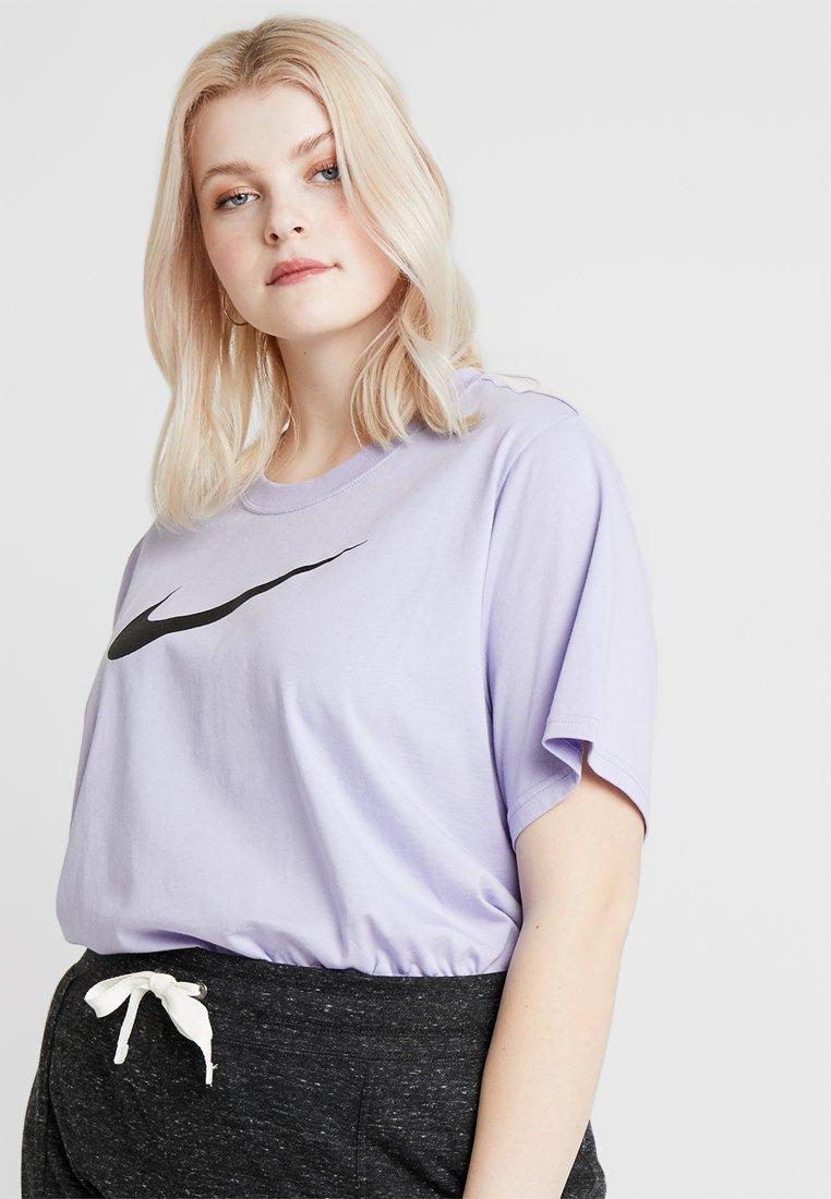 Nike Sportswear - TEE - Print T-shirt - purple dawn/(black)