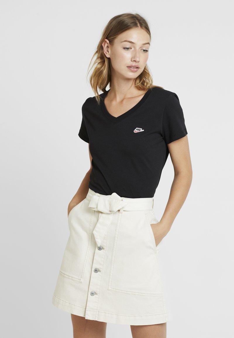 Nike Sportswear - TEE - T-shirt basic - black